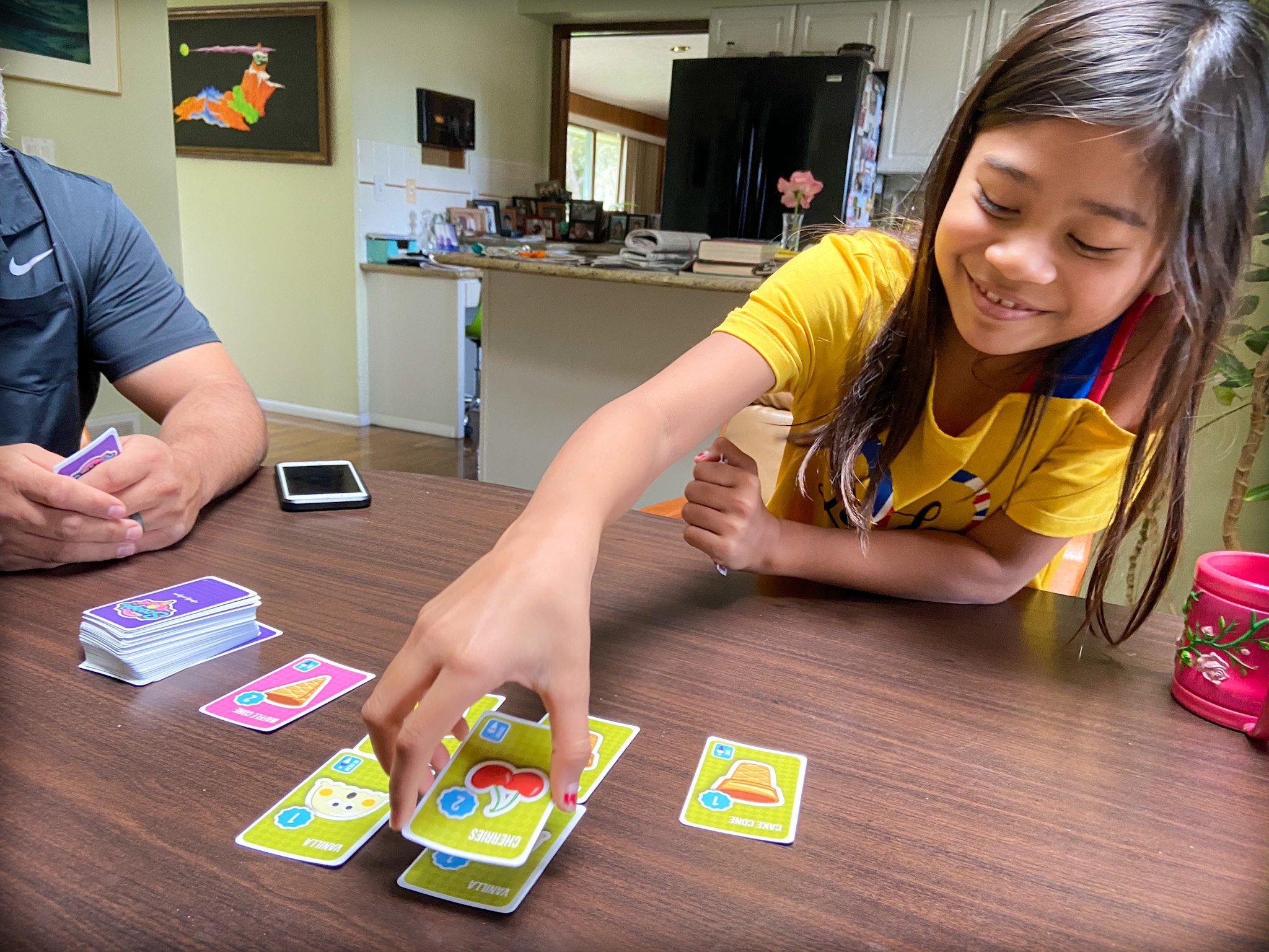 stack the scoops family card game